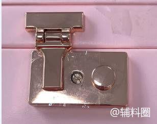 如图:合金箱包锁,金属包角,手挽合金带扣,请问谁家有