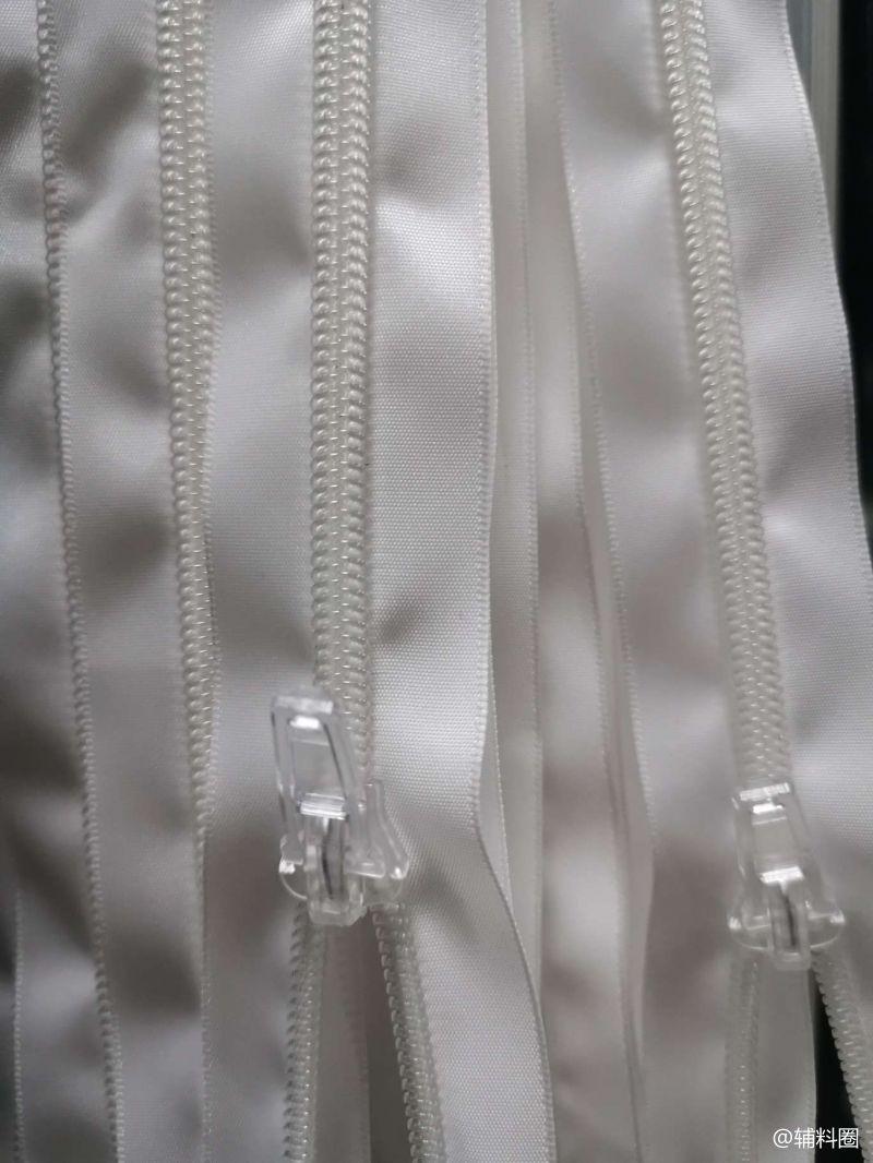 晋江市五金拉链源头生产工厂。主营:各种拉头与特色拉链3#…